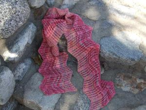 Chevron scarf  raw silk and wool  v1 DSCF0142